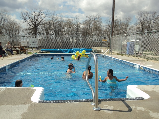 manitoba campground pool open May