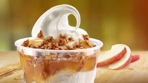 apple crisp sundae